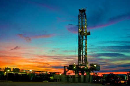 Permian Oil Auction Gets Record $1 Billion as Bidding Soars
